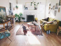 Pad Peek: Anna's Experimental Vintage Boho Home | The JungalowThe Jungalow