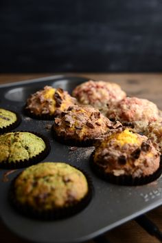 Waffle & Whisk: Pulp Muffins (Pear, kiwi, spinach & lime with dark chocolate, Carrot, orange & apple with cinnamon & pecans and Beetroot, apple & carrot with a spiced crumb)