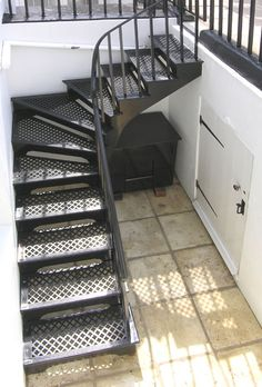 The Geddes Project - A typical made-to-measure basement staircase with the winding treads that can be incorporated at any position within the stair. Both left and right-handed turns are available in widths from 600mm to 1000mm.