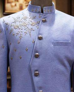 Wedding Kurta For Men, Wedding Dress, Indian Men Fashion, Mens Fashion, Indian Menswear, Boys Kurta Design, Mens Sherwani, Indian Groom Wear, Diy Fashion Hacks