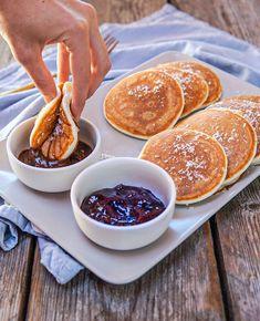 """Samantha ~ Food Blogger Puglia on Instagram: """"Che sono i migliori pancake light in assoluto.. si era capito 😅 ma cosa mancava su Basilico per rendere la ricetta ancora più facile e…"""""""
