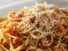 Spaghetti, Roman-style from Cookstr (http://punchfork.com/recipe/Spaghetti-Roman-style-Cookstr)
