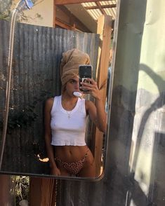 new style clothes Selfie Foto, Jeans Boyfriend, How To Pose, Mode Inspiration, My Style, Womens Fashion, Instagram Summer, Instagram Feed, Summer Pictures