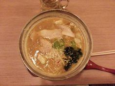 Miso Ramen, Makoto Japanische Nudeln, Berlin Mitte: hier geht's zum Restaurant Review