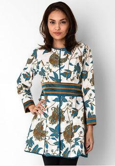 How To Style Cardigans For Work Ideas Batik Fashion, Ethnic Fashion, African Fashion, Womens Fashion, Model Dress Batik, Batik Dress, Batik Kebaya, Blouse Batik, Blouse Models