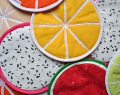 pick your own fruit slices potholders - tutti frutti potholders - choose your flavour potholders - market kitchen shopping - tropical garden Cool Gifts, Best Gifts, Pick Your Own Fruit, Kitchen Gifts, Kitchen Products, Kitchen Witchery, Fruit Slice, Lavender Sachets, Hostess Gifts