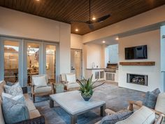 Find new homes for sale in Houston TX and surrounding areas, including houses under construction, built by award-winning custom home builder Frankel Building Group.