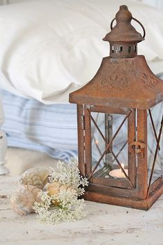 RUSTY LANTERN - WANT ONE FOR THE GARDEN