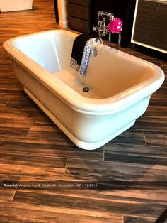 1000 Images About Showroom Displays On Pinterest Plumbing Tubs And Luxury Marketing