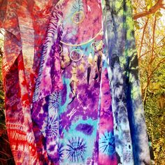 Freespirit tiedye beach blankets lightweight rayon vibrant multi colour mixes each one unique hand dyedapprox size 120cms x 160cms quick dry perfect travel piece many uses:beach / travel towel, scarf, sarong , skirt , sheet be creative! be free <3