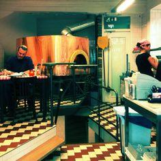 Da Portare Via. our favorite pizza joint in Utrecht