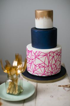 Modern fun wedding cake: http://www.stylemepretty.com/pennsylvania-weddings/philadelphia/2015/03/06/3-tips-for-a-better-cake-tasting/ | Photography: Peach Plum Pear - http://peachplumpearphoto.com/