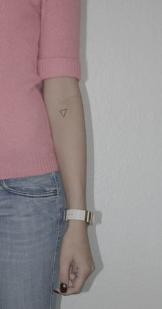 this is an exact tattoo that i want | tattoo | triangle tattoo