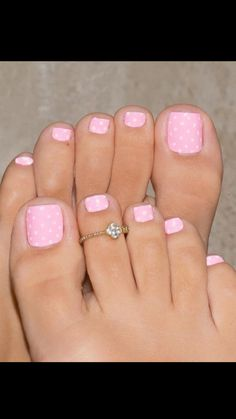 Comply with Makie Starks for MORE nail love inspiration Pink Toe Nails, Cute Toe Nails, Summer Toe Nails, Feet Nails, Diy Nails, Pretty Nails, Pink Toes, Leopard Nails, Beach Nails