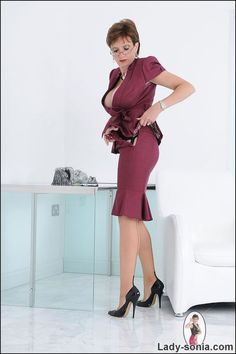 Lady Sonia - Britain's Most Unfaithful Wife Image Tight Dresses, Dresses For Work, Corset Underwear, Purple Satin, Sexy High Heels, Elegant Outfit, Female Models, Sexy Women, Glamour