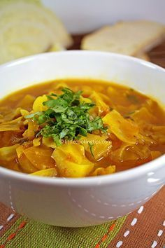 A Warm Spicy Detox Cabbage Soup!
