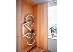 Bike storage diy cycling Ideas for 2019 Storage Design, Diy Storage, Storage Baskets, Storage Ideas, Bathroom Storage, Indoor Bike Storage, Bicycle Storage, Bike Storage Apartment, Bike Shelf