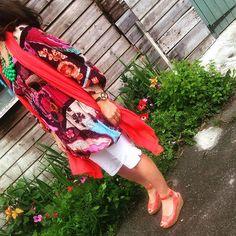 Wednesdays Look #going a bit boho #floaty #volume #tunic #multi #floral #baggy #jeans #cream #cropped #wedge #orange #scarf #zara #oversized #necklace #stellaanddot #fashionblogger #stylist #somersetstylist #wardrobeconsultant #7daysofstyle