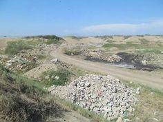 Prehispanicamente, esta zona era un Taller Artesanal; hoy un botadero de basura. Zona Arqueológica El Médano.