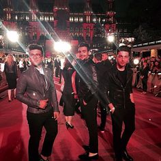 Il Volo Proud to be here! @lifeball_official ‪#‎redcarpet‬ ‪#‎fightingAIDS‬ ‪#‎celebratinglife‬ ‪#‎Vienna‬