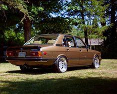 E28 Bmw E30 M3, Bmw Alpina, Bmw 318, Bmw Design, Bmw Vintage, Bmw Classic Cars, Old School Cars, Porsche Boxster, Bmw 5 Series