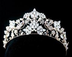 Hochzeit Tiara handgemachte Braut Krone Perle von LuluSplendor