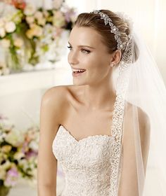 MILORD » Wedding Dresses » 2013 Glamour Collection » La Sposa (close up)