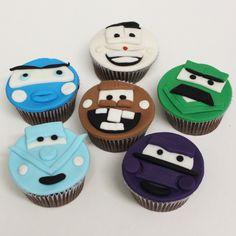 cupcakes de chocolate com ganache #cupcake #cars #disney