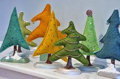 Artesanato e Cia : Árvore de natal em feltro de mesa ou para lembranc...