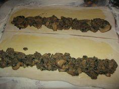 Minipateuri cu ciuperci - CAIETUL CU RETETE Desserts, Food, Postres, Deserts, Hoods, Meals, Dessert, Food Deserts