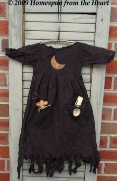 Primitive Halloween Witch Dress with Mouse by CindysHomespun, $5.50