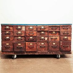 Rolling library catalog drawers