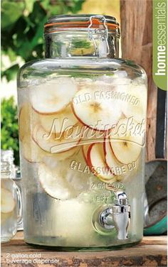 Nantucket Glass Bail & Trigger Mason Jar Drink Dispenser. 2 Gallon Capacity. $39.99