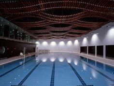 Galería de Polideportivo Atxuri / Ruiz - Cuevas Arquitectos - 1