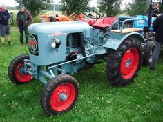 Eicher EKL 15, foto van dickt Kids Bicycle, Bicycle Art, 8n Ford Tractor, Beginner Motorcycle, International Tractors, Tractor Implements, Tractor Pulling, Antique Tractors, Tuner Cars