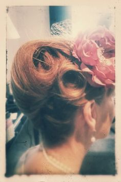 French pleat with pin curls Vintage Hairstyles, Wedding Hairstyles, French Pleat, French Twists, Vintage Wedding Hair, Pin Curls, Dream Wedding, Hair Makeup, Rolls