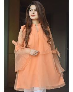 Girls Dresses Sewing, Stylish Dresses For Girls, Stylish Dress Designs, Simple Dresses, Stylish Girl, Casual Dresses, Pakistani Fashion Party Wear, Indian Fashion Dresses, Dress Indian Style