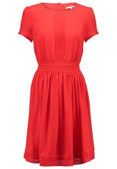 Robes légères mint&berry Robe d'été - fire red rouge: 35,00 € chez Zalando (au 13/12/15). Livraison et retours gratuits et service client gratuit au 0800 740 357.
