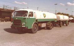 Busa, Vintage Trucks, Gas Station, Transportation, British, Cars, Vehicles, Classic, Color