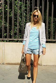 Blusa/T-shirt: H & M  Blazer: Topshop  Shorts: Oysho  Flats: Topshop  Bolso/Bag: Mango