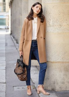 Camel Coat, jeans, White shirt, pink scallop pumps, pink scarf