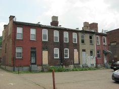 Pittsburgh row houses (no windows on side walls!)