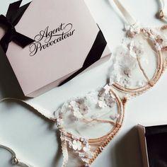 Images and videos of lingerie Bodysuit Lingerie, Pretty Lingerie, Beautiful Lingerie, Bra Lingerie, Corsets, Cute Underwear, Wedding Underwear, Luxury Lingerie, Agent Provocateur