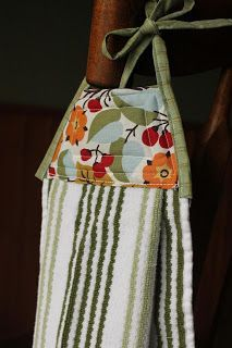 Charmant Lilyquilt: Hanging Kitchen Towels Tutorial