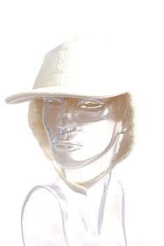 #Chanel #kappe #hat #mütze #Fashionblogger #Clothes #Accessories #designer #vintage #mode #secondhand #onlineshopping #mymint