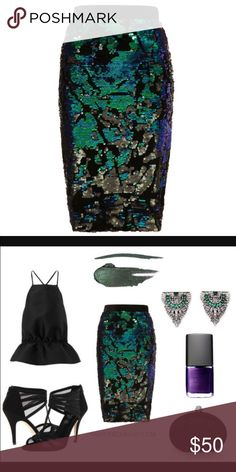 Brand New Topshop Sequin Pencil Skirt Brand New with tags gorgeous black velvet with iridescent sequin pencil skirt from Topshop! Absolutely perfect for New Years or even a night out! Stunning stunning stunning! US size 4 Topshop Skirts Pencil