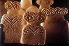 Eye idols. Tell Brak, Iraq. Jemdat Nasr Period. First half of 4th millennium BCE.