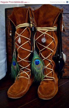 ☯☮ॐ American Hippie Bohemian Style ~ Boho Embellished Vintage Moccasin Fringe Boots!
