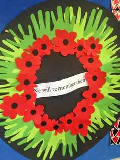anzac wreath - Google Search Remembrance Day Activities, Remembrance Day Art, Poppy Wreath, Ww1 Art, Art For Kids, Crafts For Kids, Poppy Craft, Anzac Day, Wreath Crafts