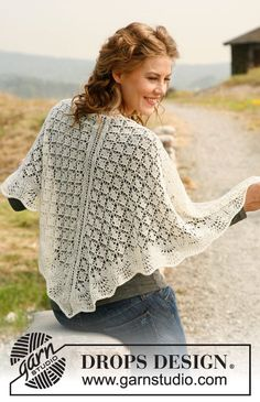 "Knitted DROPS shawl with wave pattern in ""Lace"""